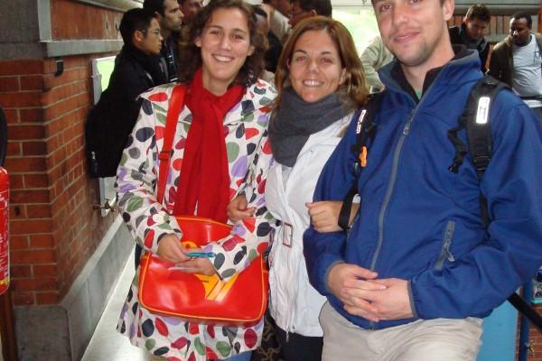 students-travelling-11-20110127-1481468427D46217A3-003E-104B-73CA-842A6E32CF18.jpg