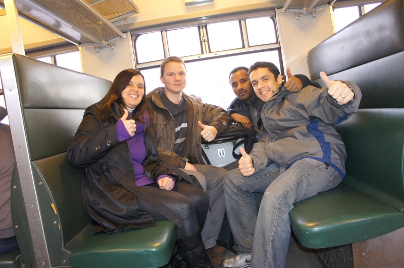 Students travelling_1